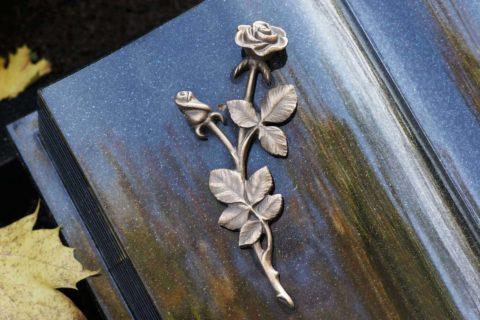 Zdjęcia Nagrobku- książka napisowa z różą